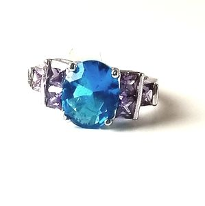 New silver blue topaz and amethyst ring size 9